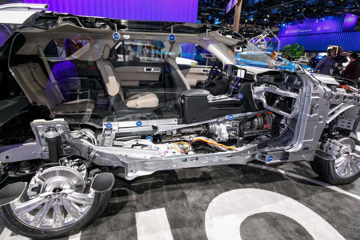 Ford, hibrit kamyonet ve SUV'lar üretmeye başlıyor