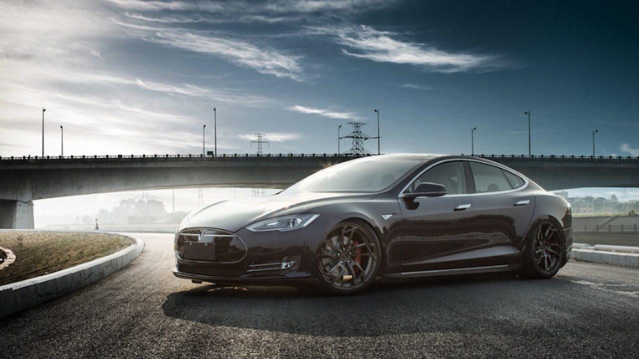 Tesla bu yıl Çin'de Ar-Ge merkezi açacak